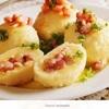 Gnocci recheado com presunto e queijo, os molhos são opcionais conforme a escolha do cliente